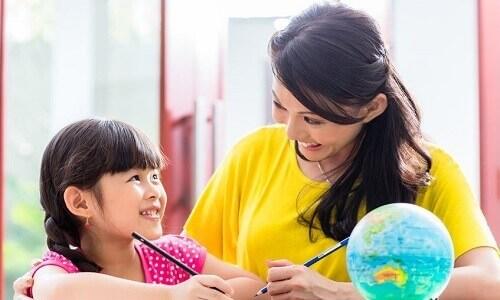 علاج مشكلة الخجل عند الاطفال